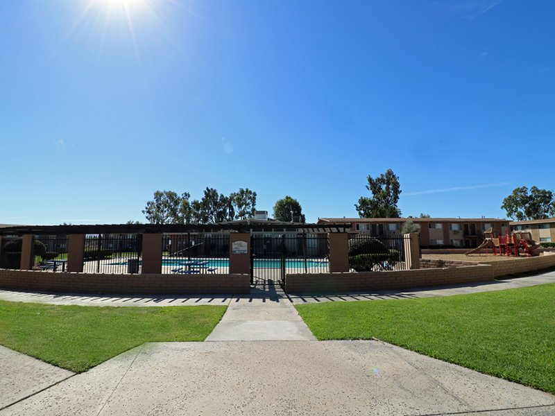 Apartments with a Pool in San Bernardino | Foothill Villas