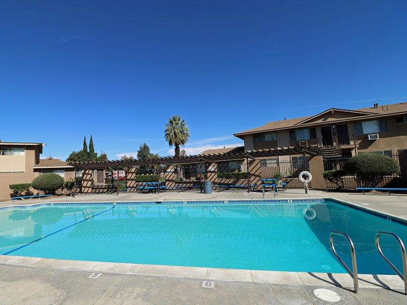 Pool | Foothill Villas