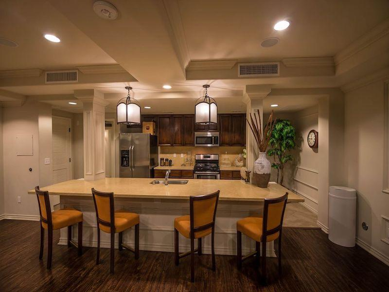 Clubhouse Kitchen | The Renaissance at City Center