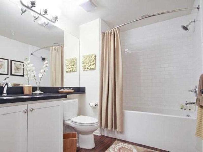Bathroom | The Renaissance at City Center