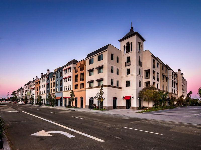 Building | The Renaissance at City Center