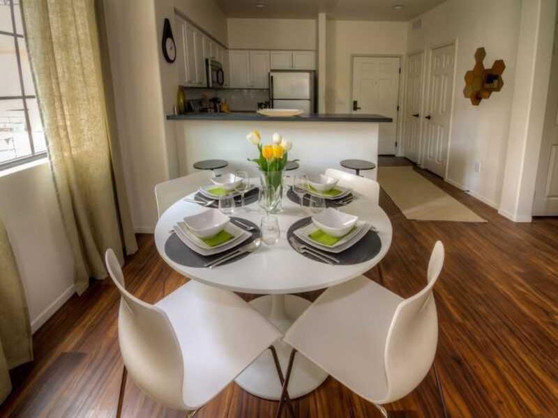 Dinning Room | The Renaissance at City Center
