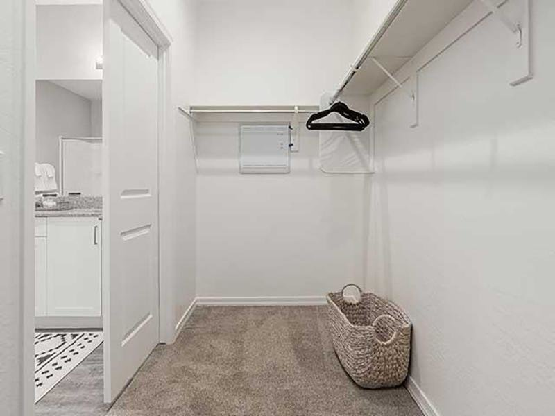 Walk In Closets | Lyra Residences