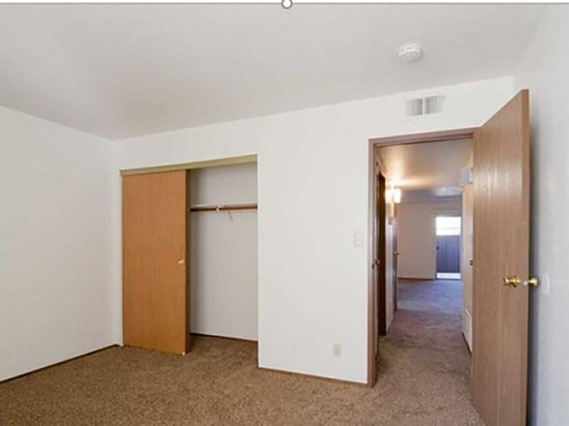Room   Riverbank