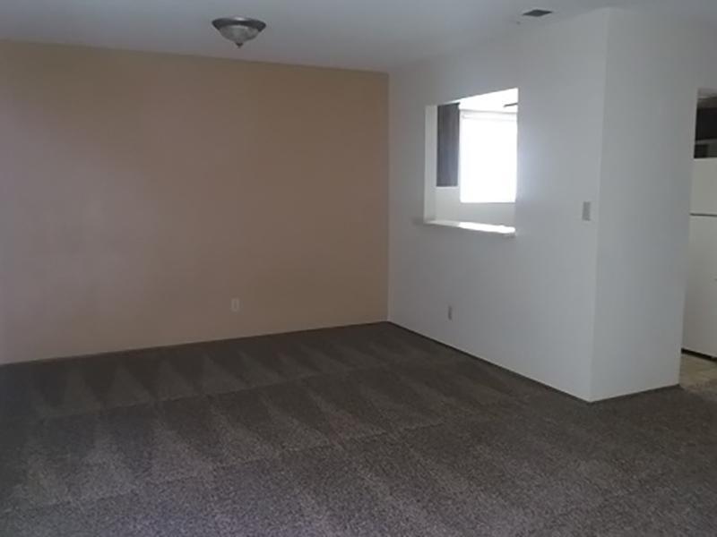 Living Room   Riverbank