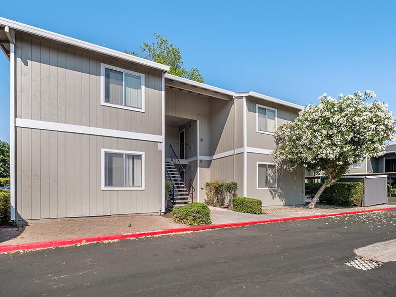 Building Exterior | Riverbank Apartments