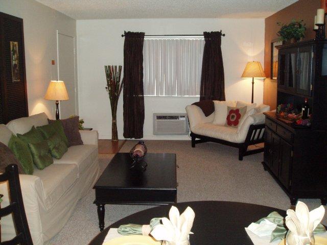 Apartments Near University of Nevada, Reno | Reno Vista Apartments