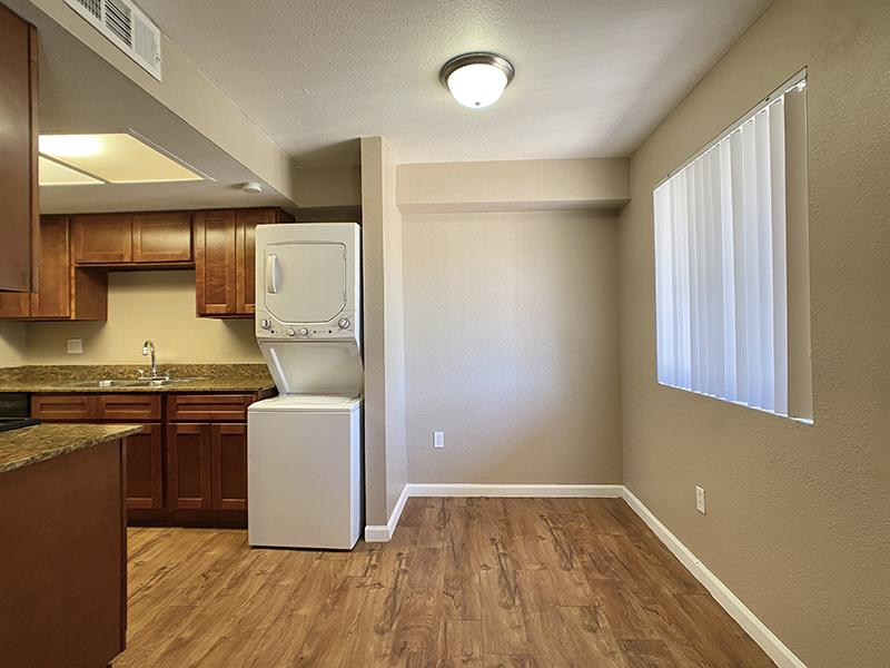 Washer & Dryer | Country Park Villas Apartments