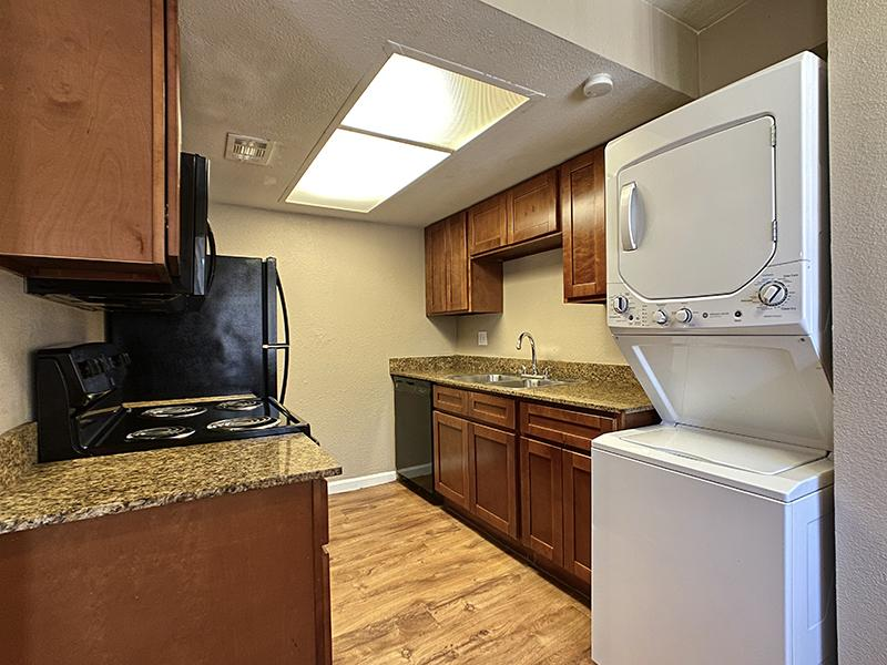 Kitchen | Country Park Villas Apartments