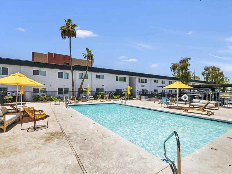 Pool | 454 West Brown Apartments