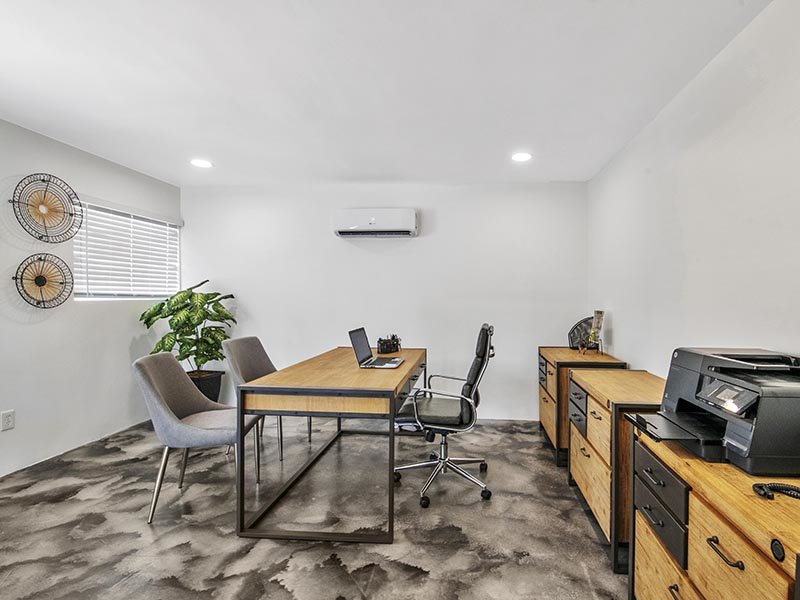 Leasing Office | 454 West Brown Apartments