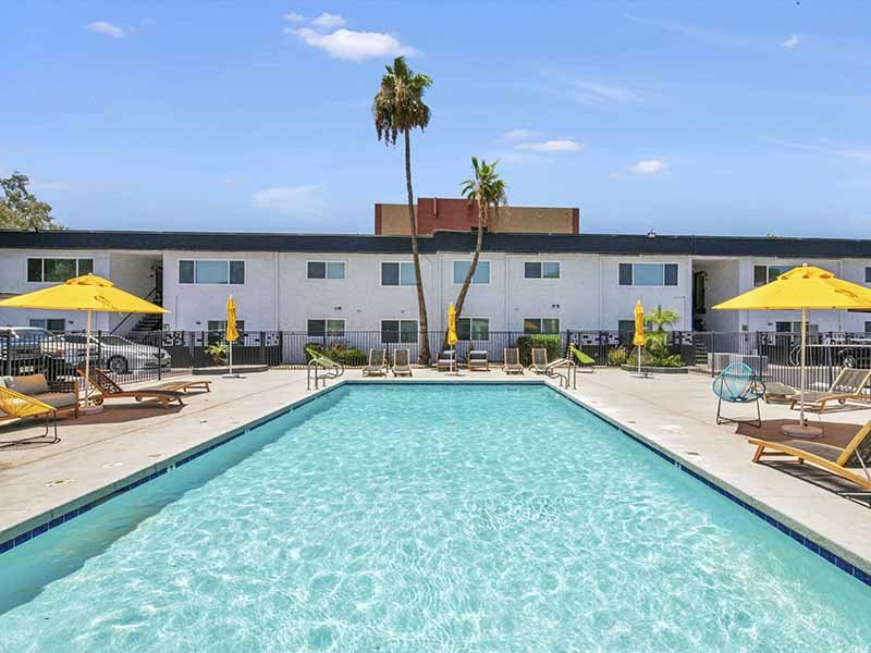 Swimming Pool | 454 West Brown Apartments