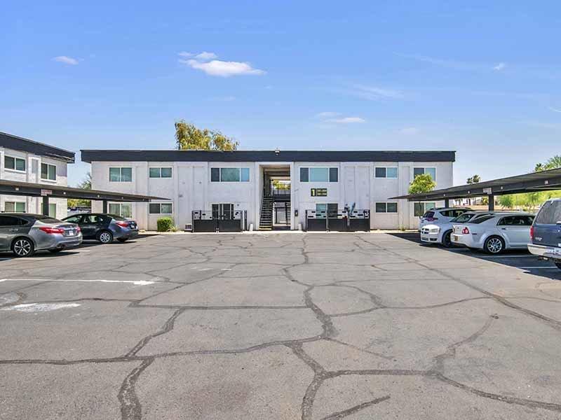 Building Exterior | 454 West Brown Apartments