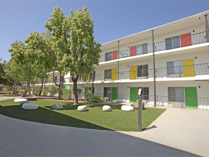 Building Exterior | Sahara Apartments in Tucson, AZ