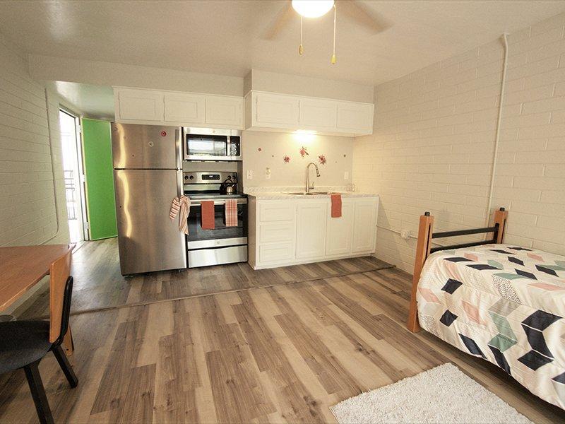Model Kitchen | Sahara Apartments in Tucson, AZ