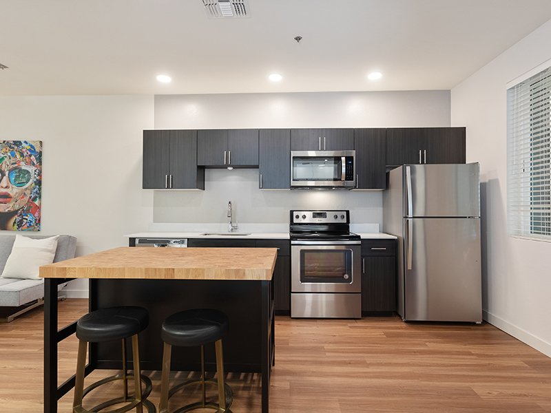 Fully Equipped Kitchen | Urbana on 12th