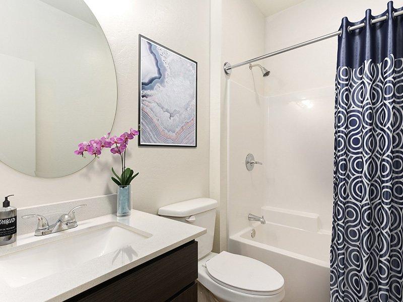 Bathroom | Urbana on 12th