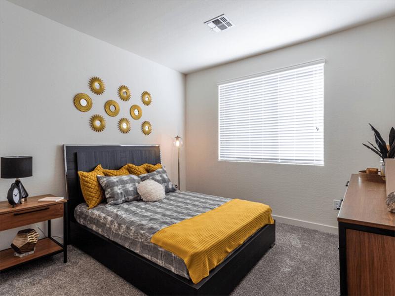 Bedroom | Urbana on 12th