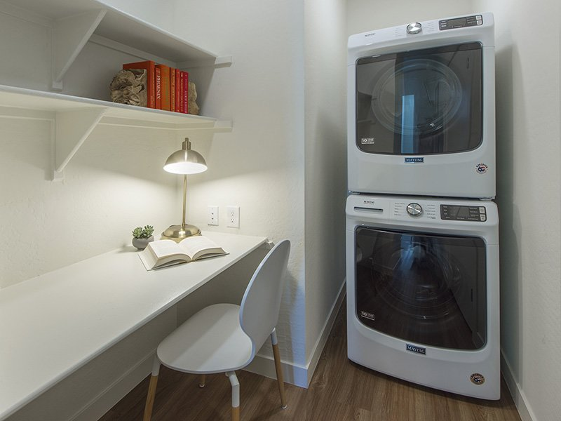 Stackable Washer & Dryer | Urbana on 12th