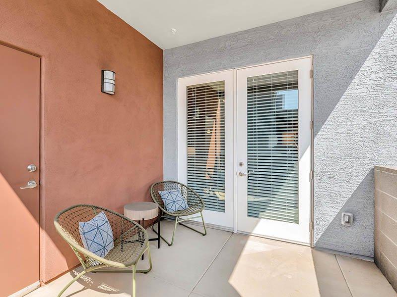 Patio | Copper Falls Apartments in Glendale, AZ