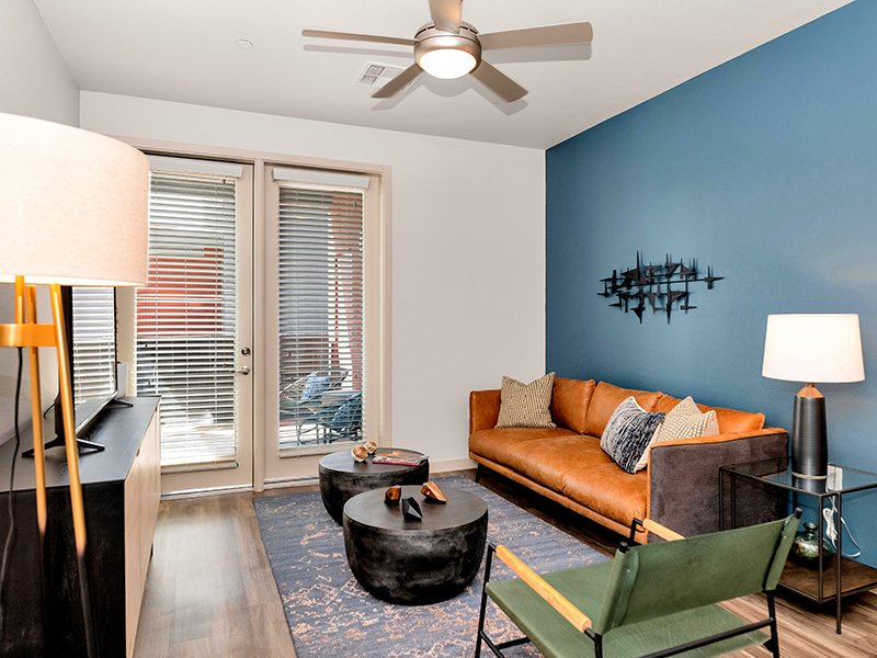 Front Room | Copper Falls Apartments in Glendale, AZ