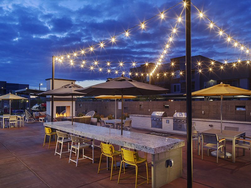 Outdoor BBQ Area | Copper Falls Apartments in Glendale, AZ