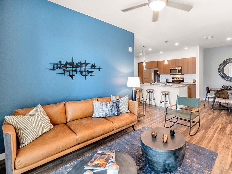 Living Room | Copper Falls Apartments in Glendale, AZ