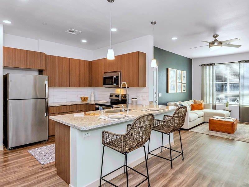 Kitchen | Copper Falls Apartments in Glendale, AZ