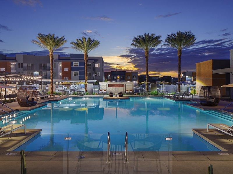 Pool | Copper Falls Apartments in Glendale, AZ