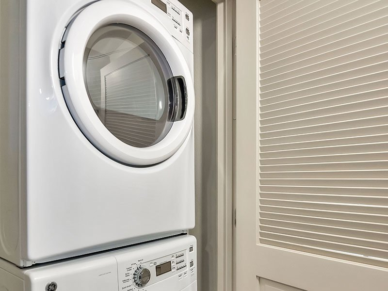 Laundry | The Curve at Melrose Apartments in Phoenix, AZ