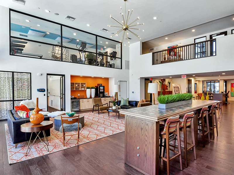 Clubhouse | The Curve at Melrose Apartments in Phoenix, AZ