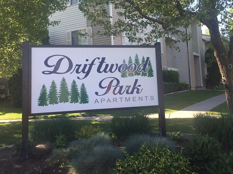 Murray Apartments | Driftwood Park | UT | Welcome Sign