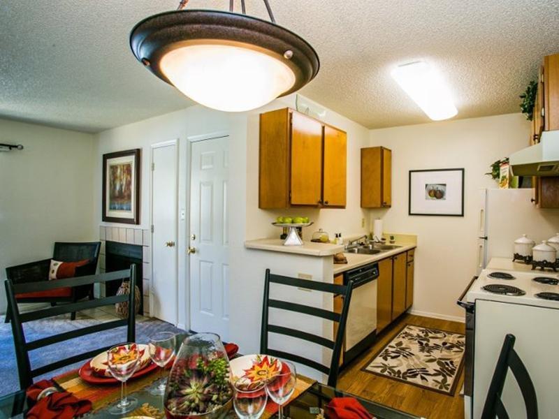 Dinning Room | Sombra de Oso