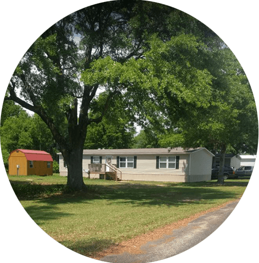 Amenities For Thompson Mobile Home Park Apartments, Foley