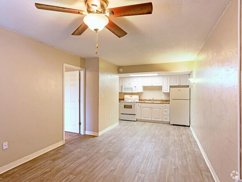 Living Room | Lodge2765