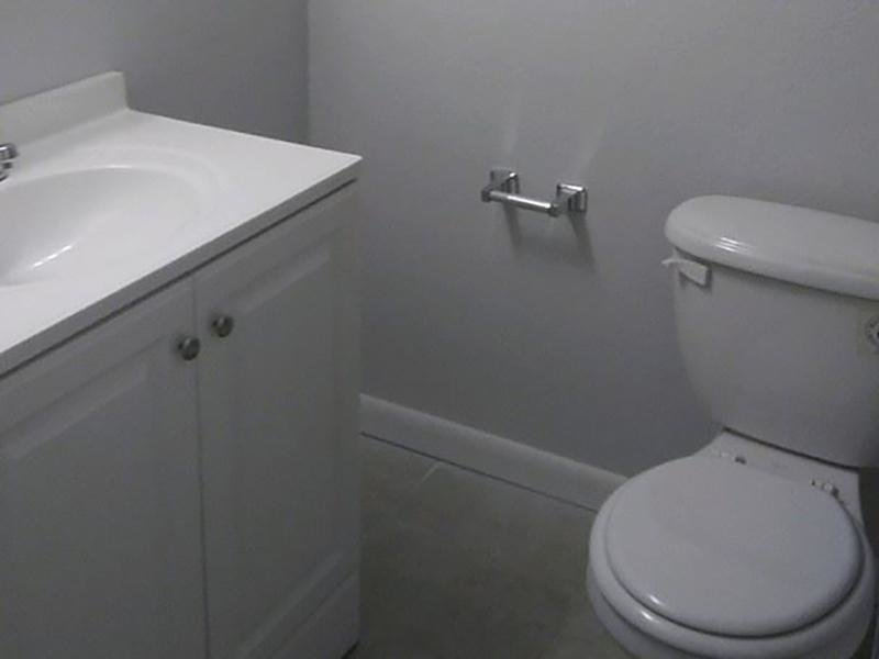 Bathroom | Cedar Ridge Apartments