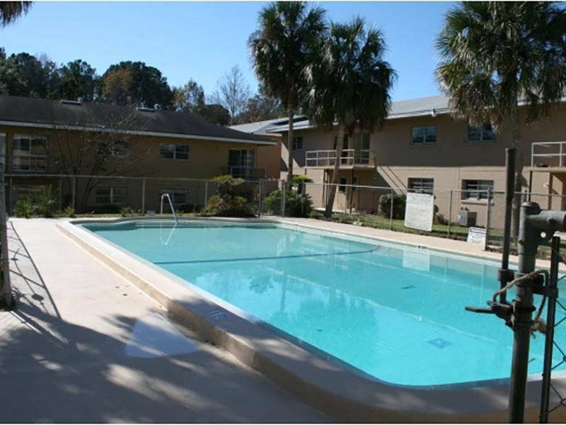 Swimming Pool | Cedar Ridge Apartments