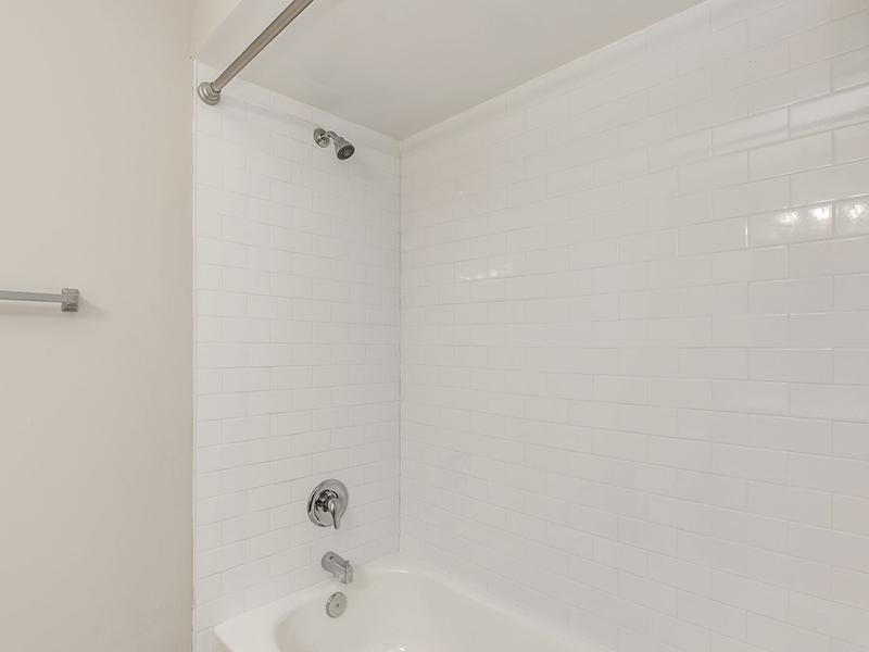 Tub | Volare Apartments