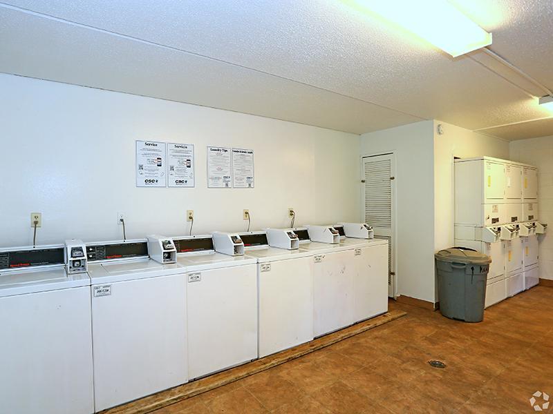 Laundry Facility | The Edge @ 401 Apartments