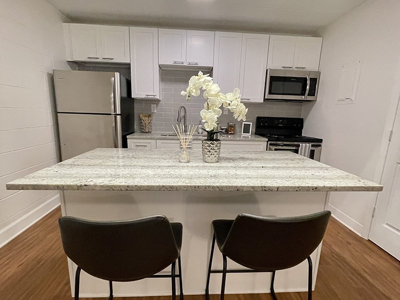 Stainless Steel Appliances   The Edge @ 401