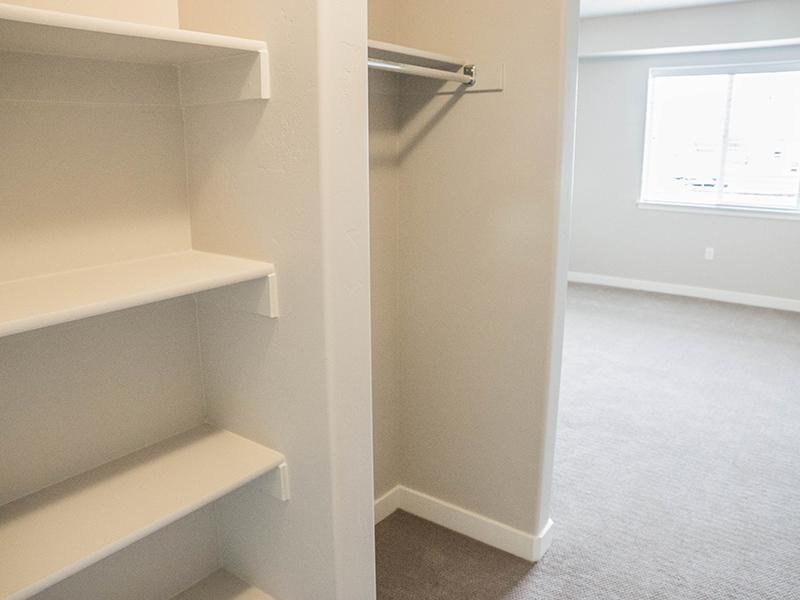 Walk In Closets | Avalon Senior Living