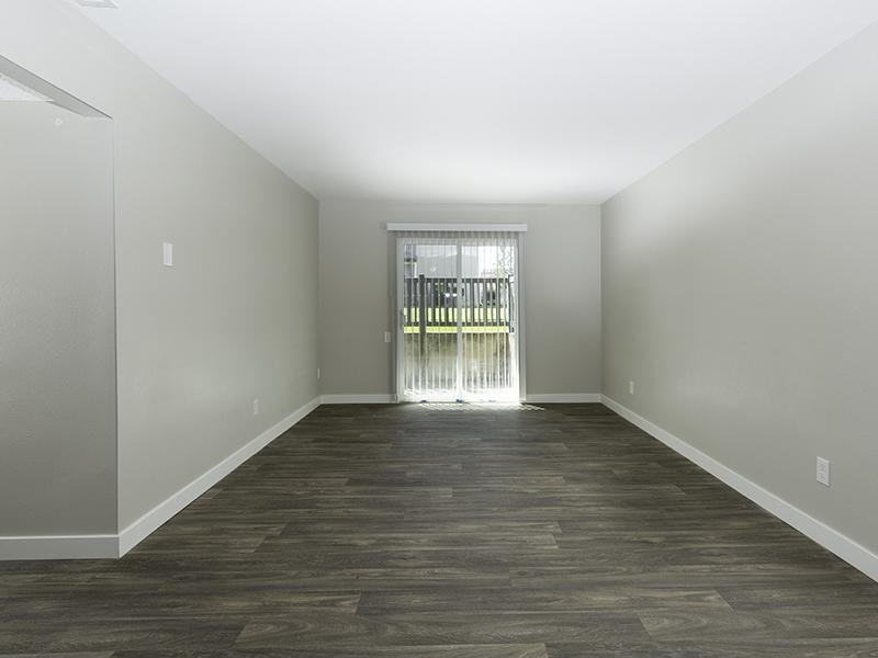Living Room | Apartments at Decker Lake