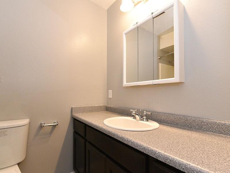 Bathroom | Sunnyvale Apartments