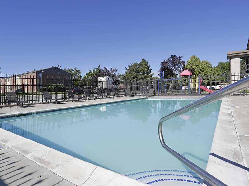 Pool | Apartments in Murray, Utah