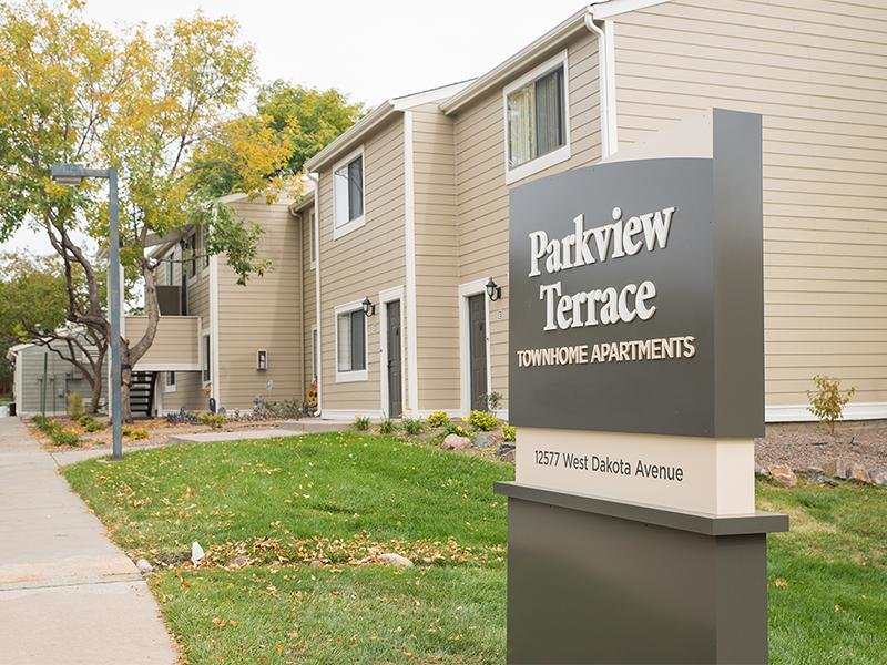 Parkview Terrace Apartments in Lakewood, CO