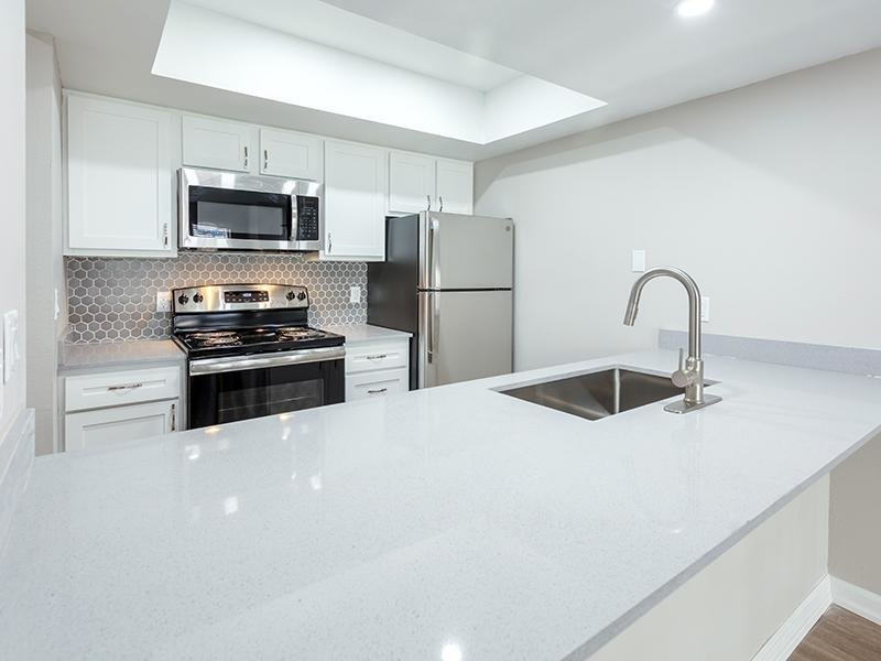Kitchen | The Station Apartments