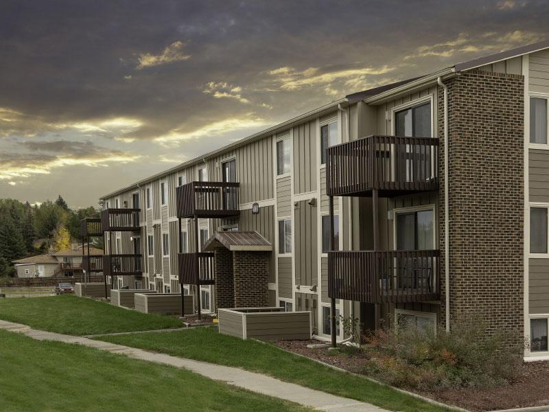Sunridge Apartments | Main View | Casper, WY