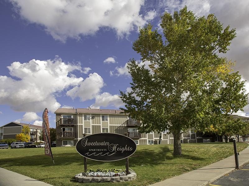 Sign | Sweetwater Heights Apartments