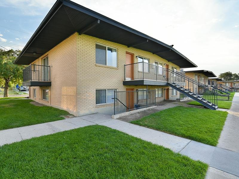 Outside View | Apartments in West Valley Utah