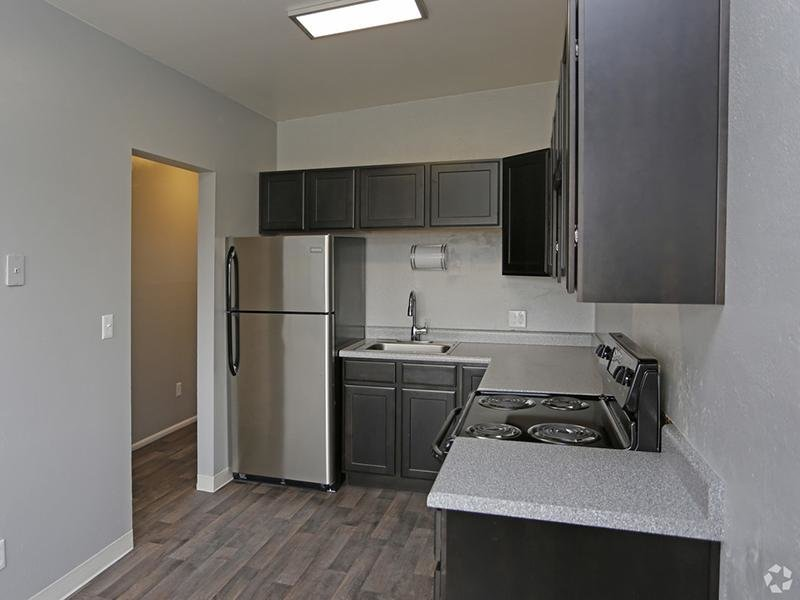 Kitchen | Park Central Apartments | Utah